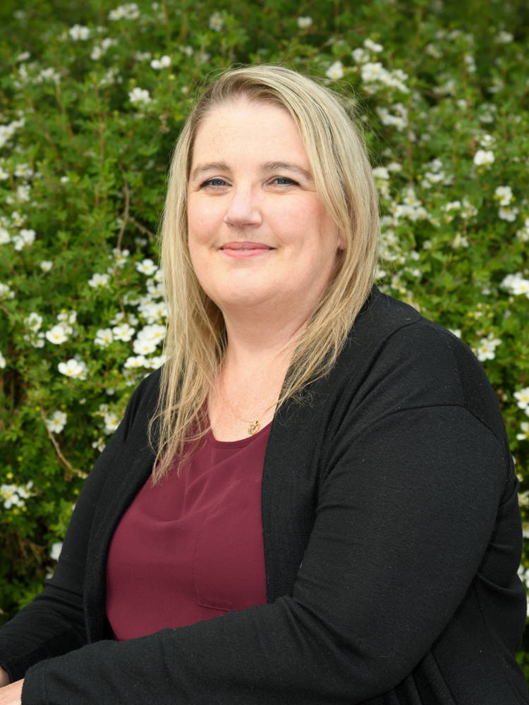 Lorretta MacKinnon | Salmon Arm Bookkeeping & Business Services
