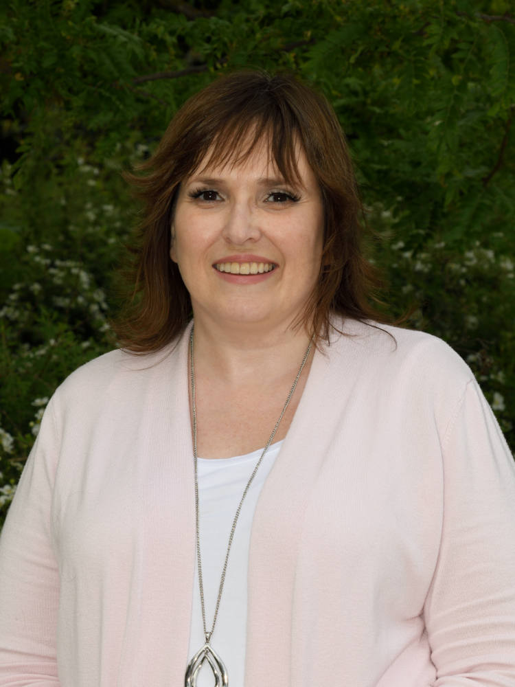 Pam Fitzell, Office Manager Salmon Arm Bookkeeping & Business Services
